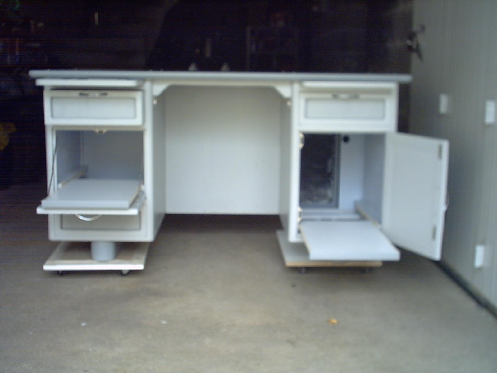 bureau des ann es 50 60art 39 b n. Black Bedroom Furniture Sets. Home Design Ideas