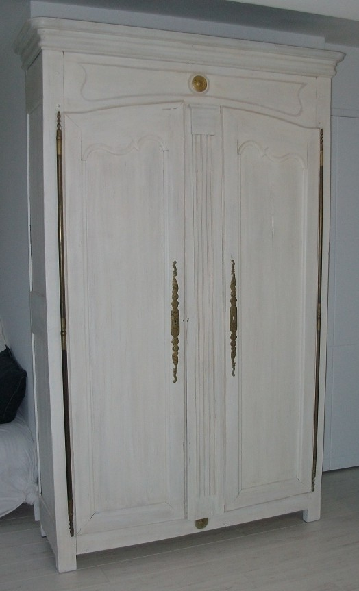 Armoire multim diaart 39 b n for Armoire sejour