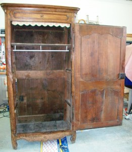 Armoire homme debout art 39 b nart 39 b n for Homme debout meuble